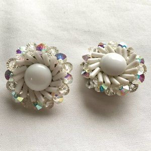 Vintage White Beads Crystal Round Clip-on Earrings